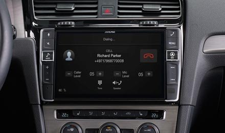 Golf 7 - Built-in Bluetooth® Technology - X902D-G7